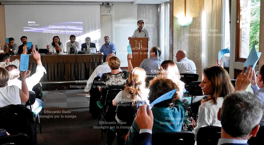- NAPOLI 12 SET - PD NAPOLI   PRIMA CONFERENZA PROGRAMMATICA METROPOLITANA TERME DI AGNANO. NELLA FOTO