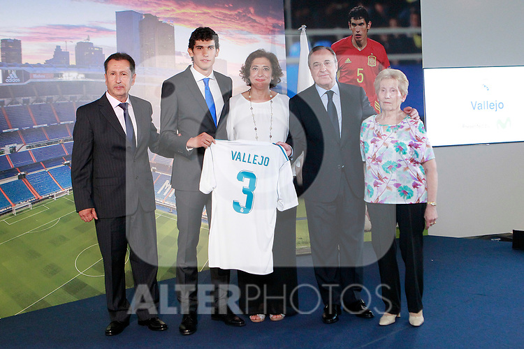 Real Madrid's new player Jesus Vallejo with the President Florentino Perez and his family during his official presentation. July 7, 2017. (ALTERPHOTOS/Acero)
