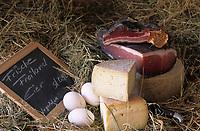Europe/Allemagne/Forêt Noire/Hinterzarten : Produits de la ferme de Jutta Braun Speck - Fromages et oeufs