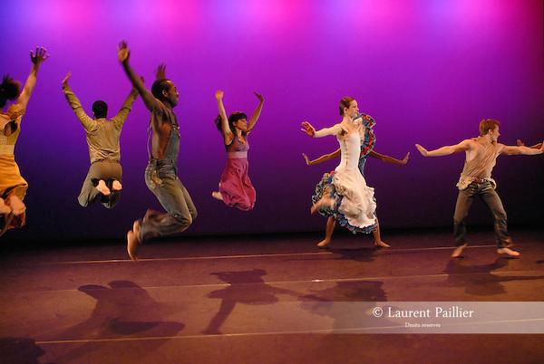 SONGS OF THE DISINHERITATED..Choregraphie : McKAYLE Donald..Lieu : Centre National de la danse..Ville : Pantin..Le : 03 04 2008..© Laurent PAILLIER Agence Enguerand