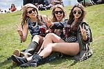 © Joel Goodman - 07973 332324 . 06/06/2015. Manchester , UK.  Festival goers in the sunshine at The Parklife 2015 music festival in Heaton Park , Manchester . Photo credit : Joel Goodman