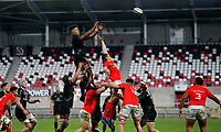 12 December 2020; Cormac Izuchukwu secures this lineout ball during the A series inter-pros series 20-21 between Ulster A and Munster A at Kingspan Stadium, Ravenhill Park, Belfast, Northern Ireland. Photo by John Dickson/Dicksondigital