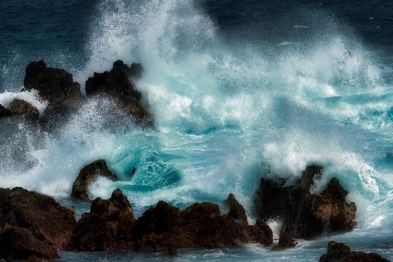 Storm waves at Laupahoehoe Point. Hawaii, The Big Island