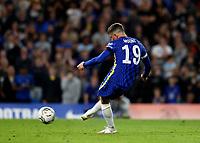 22nd September 2021; Stamford Bridge, Chelsea, London, England; EFL Cup football, Chelsea versus Aston Villa; Mason Mount of Chelsea scores a penalty during the penalty shootout