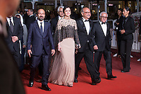 ASHGAR FARHADI, TARANEH ALIDOOSTI, SHAHAB HOSSEINI, BABAK KARIMI - CANNES 2016 - MONTEE DU FILM 'LE CLIENT'