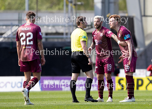 St Mirren v St Johnstone….27.04.19      St Mirren Park        SPFL<br />Liam Craig and Richard Foster have words with Referee Steven McLean<br />Picture by Graeme Hart. <br />Copyright Perthshire Picture Agency<br />Tel: 01738 623350  Mobile: 07990 594431