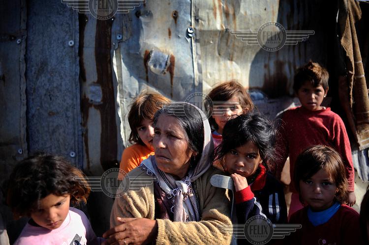 Women and children in the Dubrava village.