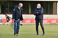 Genk's head coach Guido Brepoels (R) and a journalist of Eleven Sport pictured before a female soccer game between RSC Anderlecht Dames and KRC Genk Ladies  on the sixth matchday of the 2020 - 2021 season of Belgian Womens Super League , Sunday 8 th of November 2020  in Overijse , Belgium . PHOTO SPORTPIX.BE | SPP | DIRK VUYLSTEKE