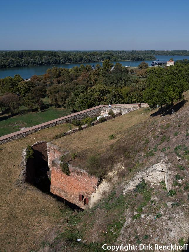 Blick von Festung auf Donau, Belgrad, Serbien, Europa<br /> Danube seen from the fortress Kalemegdan,  Belgrade, Serbia, Europe