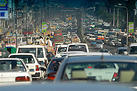 "Asien Suedasien Bangladesh Megacity Dhaka , Strassenverkehr  -  Klimawandel Verkehr Transport xagndaz | .South asia Bangladesh , Dhaka , heavy traffic - climate change stop and go rush hour .| [ copyright (c) Joerg Boethling / agenda , Veroeffentlichung nur gegen Honorar und Belegexemplar an / publication only with royalties and copy to:  agenda PG   Rothestr. 66   Germany D-22765 Hamburg   ph. ++49 40 391 907 14   e-mail: boethling@agenda-fototext.de   www.agenda-fototext.de   Bank: Hamburger Sparkasse  BLZ 200 505 50  Kto. 1281 120 178   IBAN: DE96 2005 0550 1281 1201 78   BIC: ""HASPDEHH"" ,  WEITERE MOTIVE ZU DIESEM THEMA SIND VORHANDEN!! MORE PICTURES ON THIS SUBJECT AVAILABLE!!  ] [#0,26,121#]"