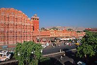 Hawa Mahal (Palast der Winde) Der Palast der Winde besteht nur aus einer Fassade, Jaipur (Rajasthan), Indien