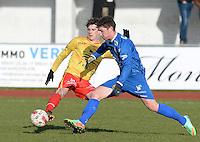 FC Knokke - OMS Ingelmunster : Jonas Buyse (links) in duel met Simon Savaete (r)<br /> Foto VDB / Bart Vandenbroucke