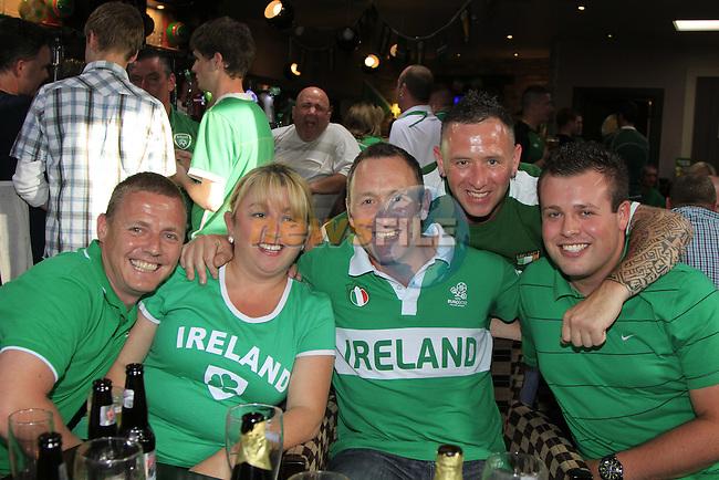 Raymond Sullivan Sherlie Sullivan Decay Brady Ian Brady Brian Caffrey out watching the Boys in Green match against Crotia in the pheasant pub in Drogheda.Picture Fran Caffrey www.newsfile.ie