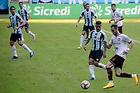 PORTO ALEGRE, RS, 09.05.2021 - GREMIO - CAXIAS - O jogador Felipe Tontini, da equipe do Caxias, na partida entre Grêmio e Caxias, válida pela semi final do Campeonato Gaúcho 2021, no estádio Arena do Grêmio, em Porto Alegre, neste domingo (9).
