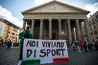 27.10.2020 - Health And Fitness (Gyms) Industry Demo Outside The Pantheon In Rome