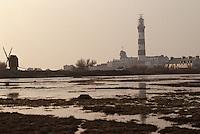 Europe/France/Bretagne/29/Finistère/Ile d'Ouessant: Phare de Creac'h et vieux moulin de Karaes