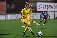 Celien Guns (10) of Club Brugge pictured during a female soccer game between Sporting Charleroi and Club Brugge YLA on the sixth matchday in the 2021 - 2022 season of Belgian Scooore Womens Super League , friday 8 October 2021 in Marcinelle , Belgium . PHOTO SPORTPIX   STIJN AUDOOREN