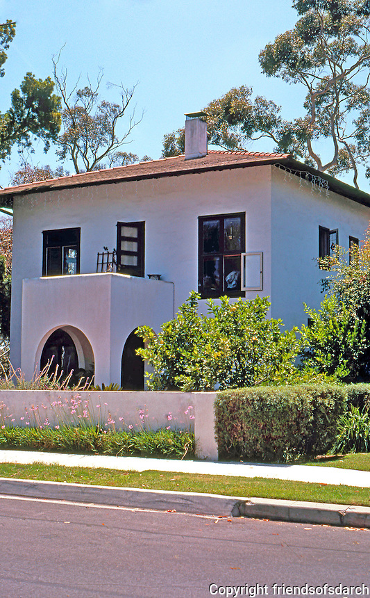 """Irving Gill: Simmons House, 3506 Albatross St., San Diego. 1909. Gill's first """"cube"""" house. The pitched roof and eaves are from remodel. Photo 2000."""