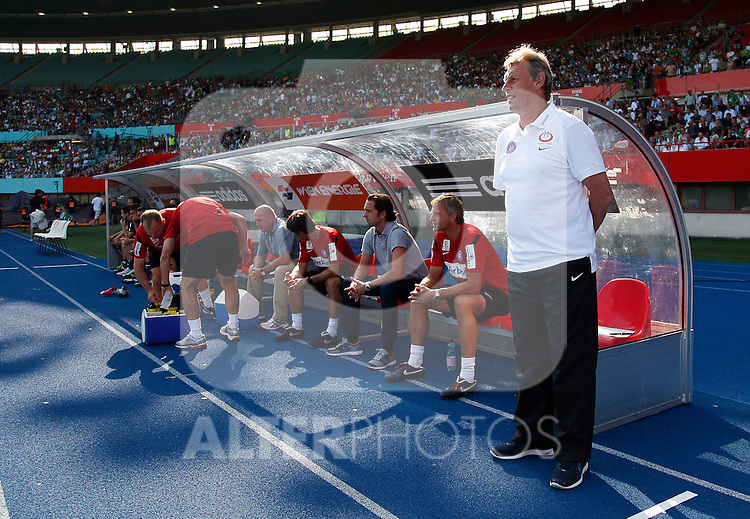 21.08.2011, Ernst-Happel-Stadion, Wien, AUT, 1. FBL, SK Rapid Wien vs FK Austria Wien, im Bild Karl Daxbacher (FK Austria Wien, Headcoach) , EXPA Pictures © 2011, PhotoCredit: EXPA/ Erwin Scheriau