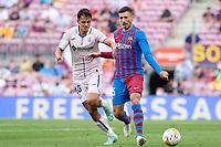 29th August 2021; Nou Camp, Barcelona, Spain; La Liga football league, FC Barcelona versus Getafe; Frenkie De Jong of FC Barcelona holds off Enes Unal of Getafe CF