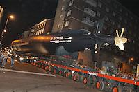 - transport of  Enrico Toti submarine, given by Italian Navy to Science and t Technique museum of Milan ....- trasporto del sommergibile Enrico Toti, donato dalla Marina Militare italiana al museo della Scienza e della Tecnica di Milano