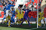 Steven Anderson heads in the second goal for St Johnstone