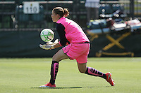 Nicole Barnhart saves the ball. Washington Freedom defeated FC Gold Pride 4-3 at Buck Shaw Stadium in Santa Clara, California on April 26, 2009.