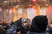 TOGETHER BERLIN - Gedenkkonzert am Brandenburger Tor als Zeichen gegen Terror am Donnerstag den 23. Dezember 2016.<br /> 23.12.2016, Berlin<br /> Copyright: Christian-Ditsch.de<br /> [Inhaltsveraendernde Manipulation des Fotos nur nach ausdruecklicher Genehmigung des Fotografen. Vereinbarungen ueber Abtretung von Persoenlichkeitsrechten/Model Release der abgebildeten Person/Personen liegen nicht vor. NO MODEL RELEASE! Nur fuer Redaktionelle Zwecke. Don't publish without copyright Christian-Ditsch.de, Veroeffentlichung nur mit Fotografennennung, sowie gegen Honorar, MwSt. und Beleg. Konto: I N G - D i B a, IBAN DE58500105175400192269, BIC INGDDEFFXXX, Kontakt: post@christian-ditsch.de<br /> Bei der Bearbeitung der Dateiinformationen darf die Urheberkennzeichnung in den EXIF- und  IPTC-Daten nicht entfernt werden, diese sind in digitalen Medien nach §95c UrhG rechtlich geschuetzt. Der Urhebervermerk wird gemaess §13 UrhG verlangt.]