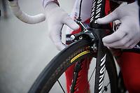 2013 Giro d'Italia.stage 14: Cervere - Bardonecchia.168km..last minute brake check (with gloves)