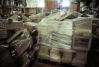 - Waste Digestion consortium of Carpi Modena) - TRED (Dismissed Electric Households Treatment), computer warehouse....- Consorzio Smaltimento Rifiuti di Carpi (Modena), TRED (Trattamento Elettrodomestici Dismessi), stoccaggio computer