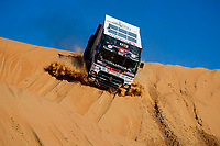507 Huzink Gert (nld), Buursen Rob (nld), Roesink Martin (nld), Renault, Riwald Dakar Team, Truck, Camion, action during Stage 11 of the Dakar 2020 between Shubaytah and Haradh, 744 km - SS 379 km, in Saudi Arabia, on January 16, 2020  <br /> Rally Dakar <br /> 16/01/2020 <br /> Photo DPPI / Panoramic / Insidefoto
