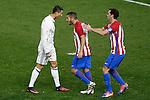 Atletico de Madrid's Koke Resurrecccion (c) and Diego Godin (r) and Real Madrid's Cristiano Ronaldo have words during La Liga match. November 19,2016. (ALTERPHOTOS/Acero)