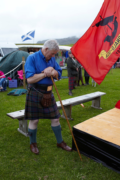 © John Angerson..The Arisiag highland games