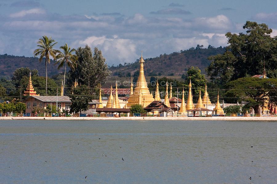 Myanmar, Burma.  Pone Ta Loke Lake and Kan Tau monastery, Pindaya, Shan State.