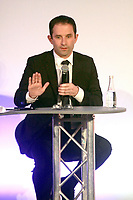Benoit Hamon - ConfÈrence de presse CFDT 'Parlons travail' ‡ Paris, le 16/03/2017. # CONFERENCE DE PRESSE CFDT 'PARLONS TRAVAIL'