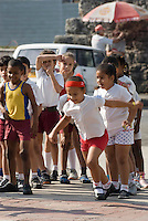 Cuba, Habana, Sportunterricht vor Museo de la Revolucion