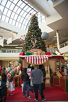 Holiday Decor at The Shops at Montebello