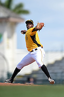 Bradenton Marauders pitcher Clario Perez (30) delivers a pitch during a game against the St. Lucie Mets on April 12, 2015 at McKechnie Field in Bradenton, Florida.  Bradenton defeated St. Lucie 7-5.  (Mike Janes/Four Seam Images)