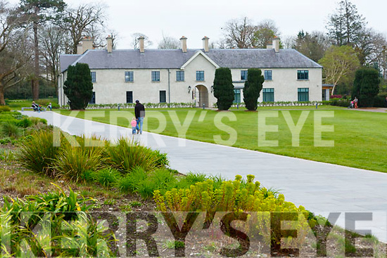 A quiet Killarney House which would usually be packed wiith people on Saturday
