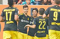 Shinji KAGAWA, BVB 23  celebrates with team mates<br /> FC AUGSBURG - BORUSSIA DORTMUND<br /> Football 1. Bundesliga , Augsburg, am 30.09.2017, 7.Match Day, Saison 2017/2018, 1.Liga, 1.Bundesliga,FCA, BVB, <br />  *** Local Caption *** © pixathlon +++ tel. +49 - (040) - 22 63 02 60 - mail: info@pixathlon.de