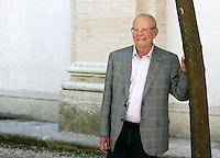 Lo scrittore zambiano Wilbur Smith ritratto a Roma, 20 giugno 2011, in occasione del Festival Internazionale delle Letterature..Zambian writer Wilbur Smith portrayed in Rome, 20 june 2011, in occasion of the International Literature Festival..UPDATE IMAGES PRESS/Riccardo De Luca