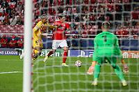 29th September 2021: Estadio da Luz, Lisbon, Portugal;  UEFA Champions league group E,  S.L.Benfica versus Barcelona; Ronald Araujo FC Barcelona held off by Darwin Nunez S.L.Benfica who goes on to score his goal