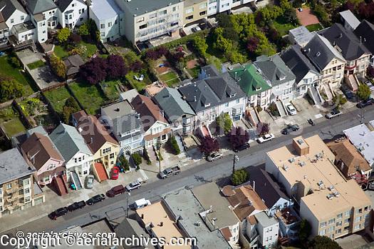 aerial photograph gardens in residential San Francisco neighborhood
