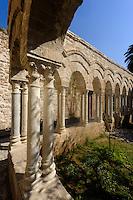 Kreuzgang von San Giovanni degli Eremiti in Palermo, Sizilien, Italien