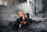 Starßenkämpfe in Kiew bei eisigen Temperaturen bei eisigen Temperaturen 25.01.2014 / Streetfights  very low temperature 25.01.2014