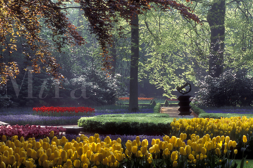 Netherlands, Keukenhof Gardens, Beautiful tulips adorn the grounds of Keukenhof Gardens in Lisse.