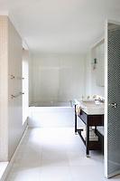 Contemporary bright bathroom
