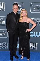 SANTA MONICA, USA. January 12, 2020: Megan Hilty & Brian Gallagher at the 25th Annual Critics' Choice Awards at the Barker Hangar, Santa Monica.<br /> Picture: Paul Smith/Featureflash