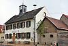 Rathaus (1826-1829) in einem ehemaligen Schulhaus mit Lehrerwohnung in der Kirchstraße in Wintersheim
