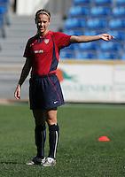 MAR 13, 2006: Faro, Portugal:  Heather Mitts